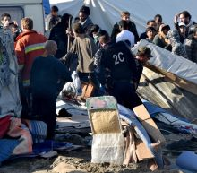 France starts tearing down 'Jungle' migrant camp