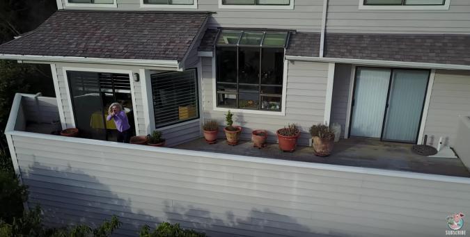 ¿Justificado o no?: Esta mujer se lía a tiros con un indiscreto dron que merodeaba su casa