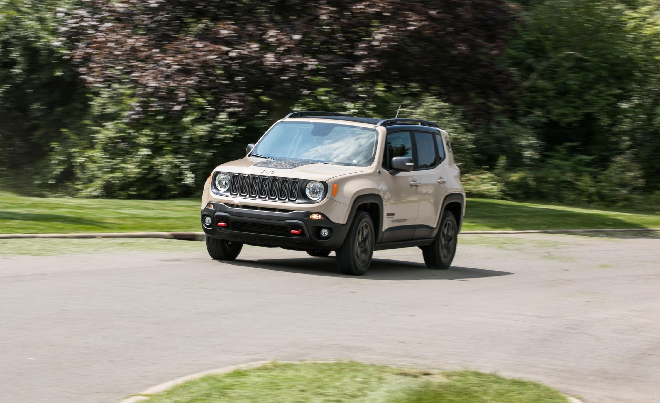 2017 jeep renegade deserthawk 2 4l 4x4. Black Bedroom Furniture Sets. Home Design Ideas