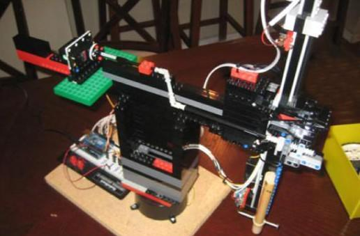 Lego CD / DVD ripper lets you drop your physical media -- literally (video)