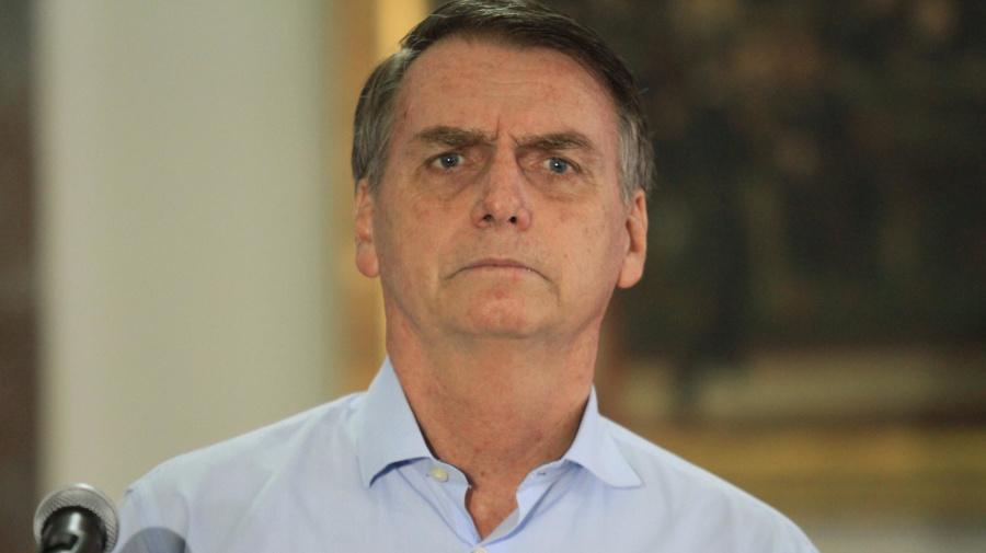 Bolsonaro: médicos cubanos tiraram lugar de brasileiros