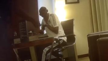 Dimite un árbitro asistente del Mundial tras demostrarse que aceptó sobornos