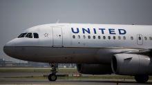 United pilot turns airplane around midflight for bizarre reason