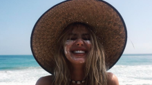 Sahara Ray is such a tease in cleavage-baring snap