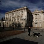 Spain's coronavirus death toll rises by 674 but pace keeps slowing