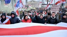 Belarus crowds rally against closer Russia ties