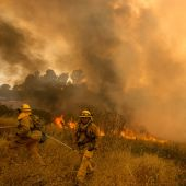 Sand Fire Covers Southern California in Smoke