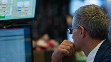 Borsa: Piazza Affari chiude in rosso, acquisti su Pirelli