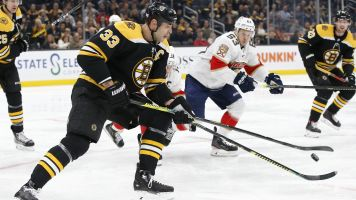 Lights out! TD Garden loses power during game