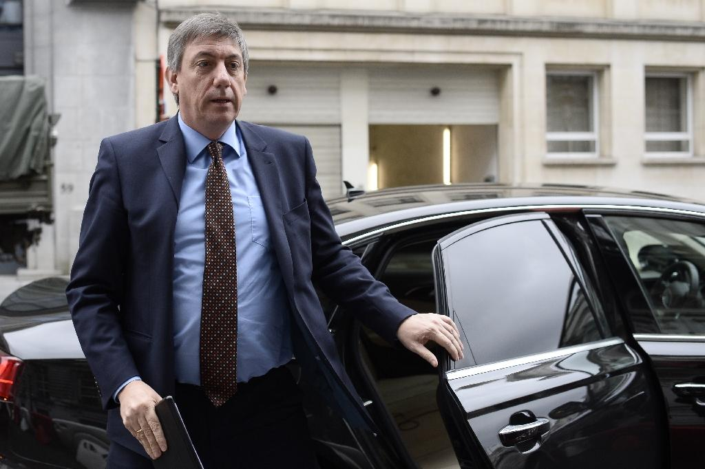 Vice-Prime Minister and Interior Minister Jan Jambon arrives for a council meeting of the federal government in Brussels on April 15, 2016