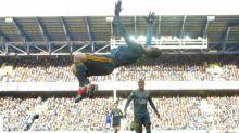 Jamie Vardy renova com o Leicester até 2023