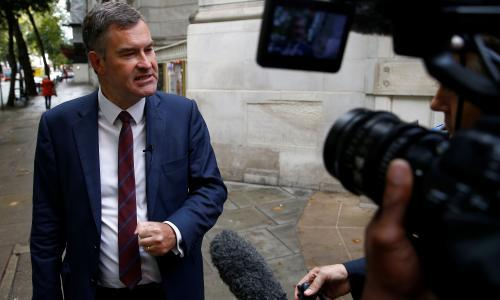 Voters have choice of Tory no-deal Brexit or second referendum, says David Gauke