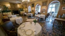 French chefs stew over renowned restaurant's loss of Michelin star