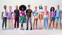 La Mattel reinventa il look di Ken