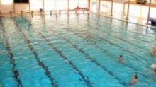 Si tuffa in piscina e muore: tragedia in un centro fitness di Roma