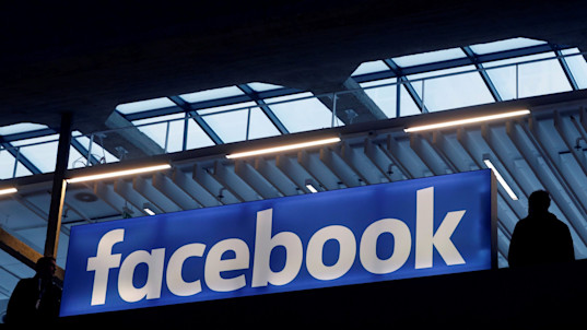 Facebook to give free advertising to anti-terror groups