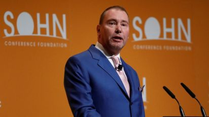 Jeff Gundlach says to short Facebook in new trade