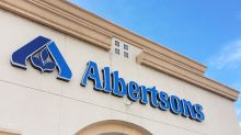 Mom claims Albertsons cashier shamed a woman on food stamps, and wouldn't let other shoppers help her