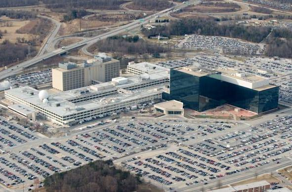 Recommended Reading: Silicon Valley's role in government surveillance