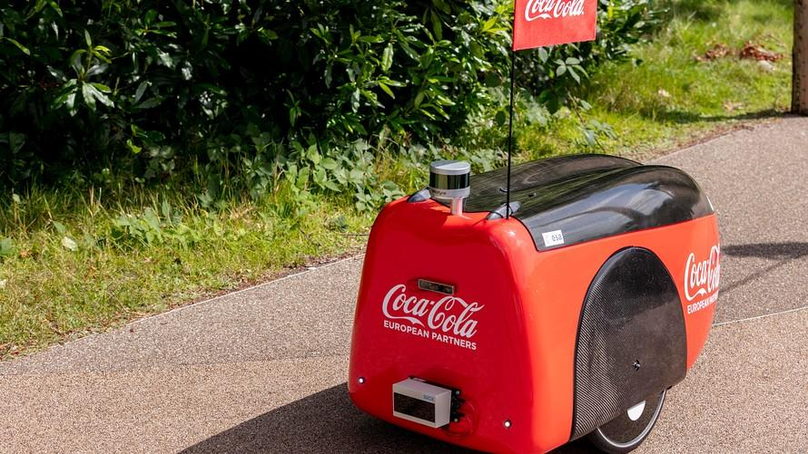 News post image: Run out of Coke? Meet Aito, the robotic vending machine that comes to you — albeit slowly