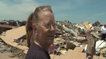 6pm: Women in Oklahoma describe being trapped in tornado debris