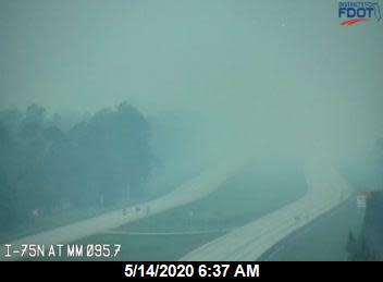 Wildfires shut stretch of Interstate 75 in southwest Florida