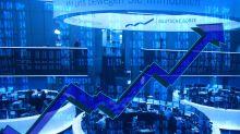 Borse caute, frenano i titoli bancari