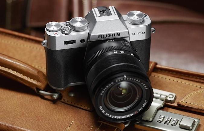 Fujifilm outs the X-T10, an $800 interchangeable lens camera