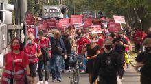 """Alarmstufe Rot"": Kulturschaffende fordern mehr Corona-Hilfen"
