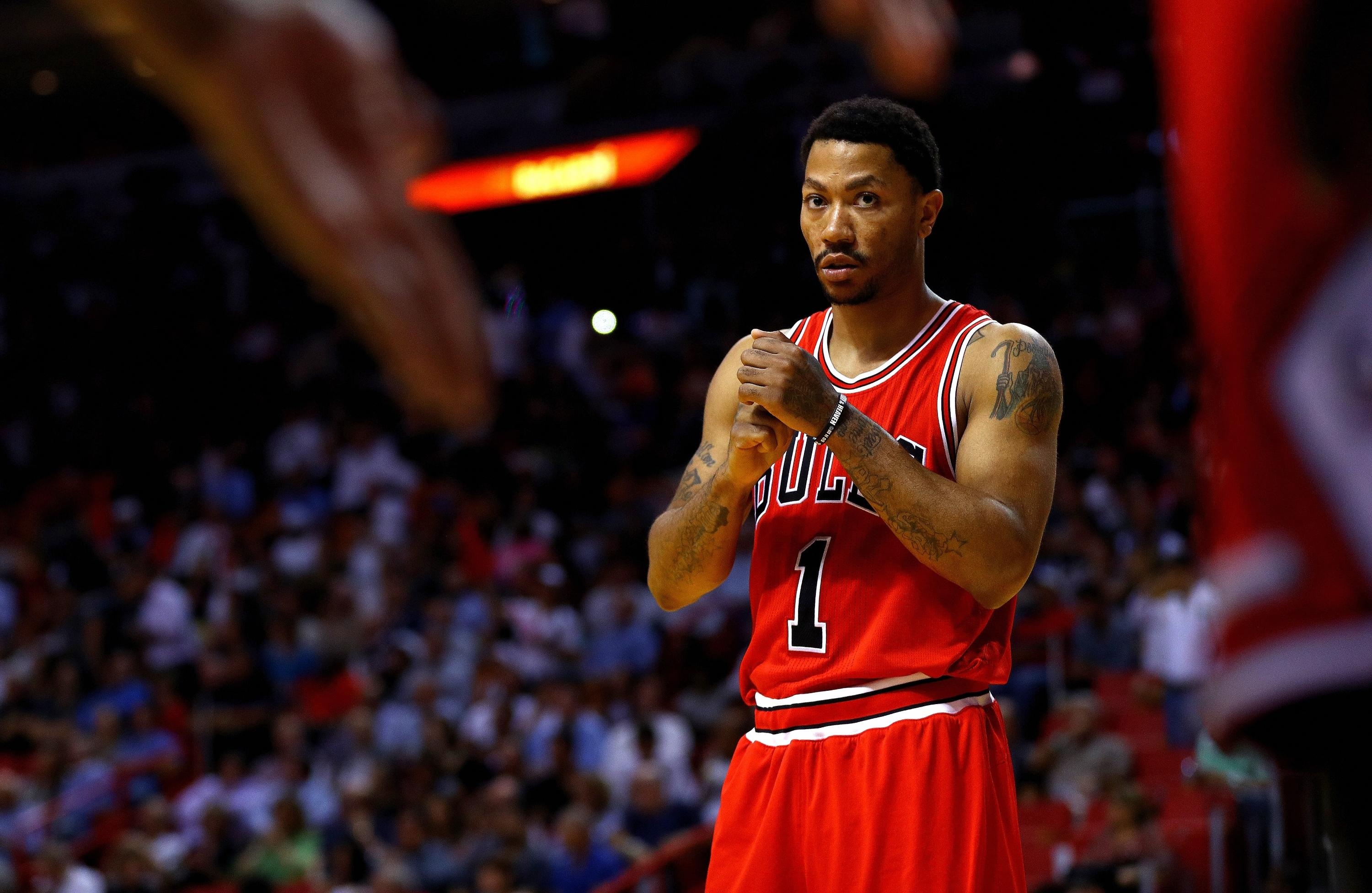 A Rose in the Garden  Knicks reportedly talking Derrick Rose trade d85e9a2e8