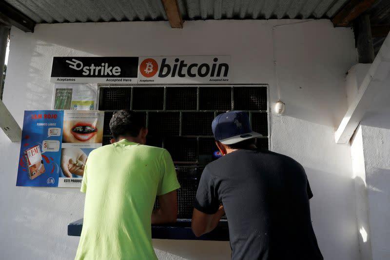 este bitcoin legal în singapore)