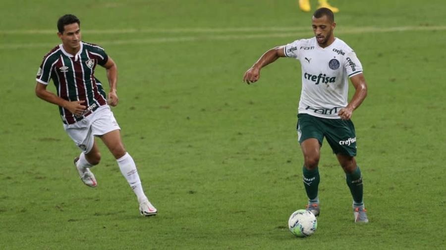 Palmeiras encaminha venda de Vitor Hugo para a Turquia