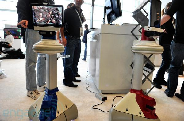 iRobot Ava mobile robotics platform hands-on at Google I/O (video)