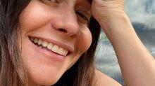 """Alessandra Negrini comemora 50 anos e fala de planos: """"A vida é uma aventura"""""""
