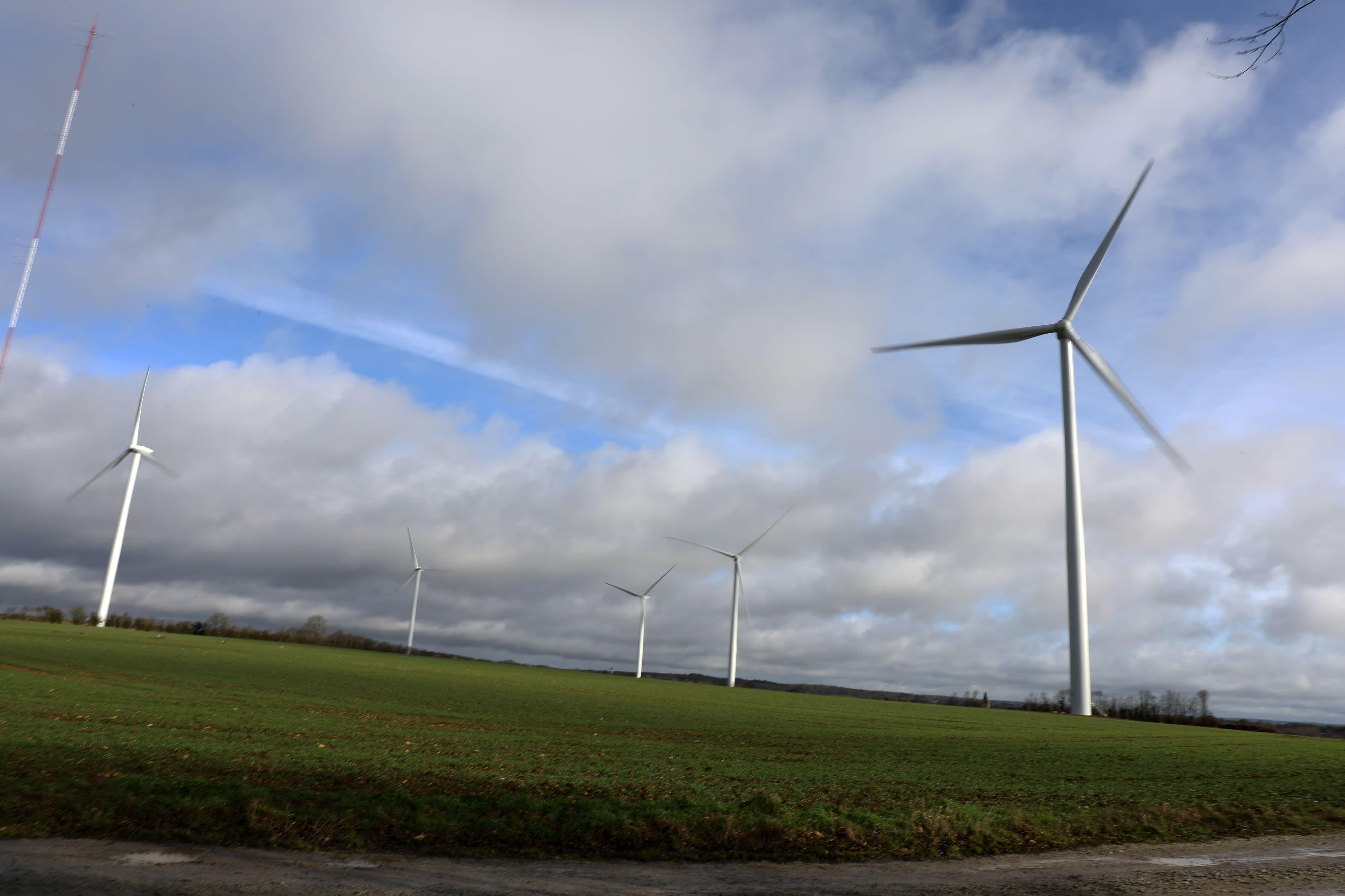 Loi climat: les écologistes proposent «une écologie de solutions»