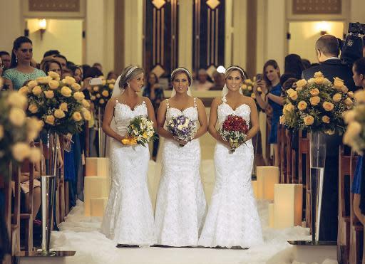 Trillizas brasileñas cumplen su sueño y se casan al mismo tiempo