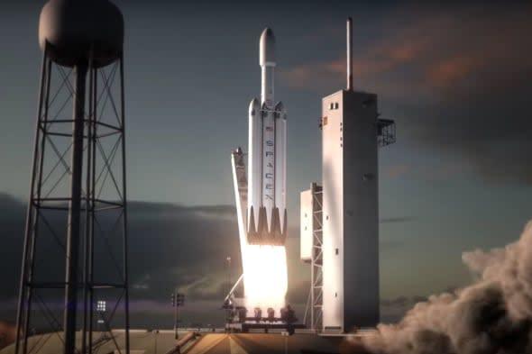 SpaceX 最快在三个月内送 Falcon Heavy 升空