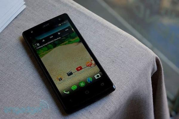 Acer Liquid E3: Un teléfono de 199 euros ideal para selfies nocturnos