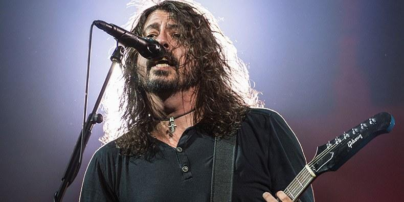 Foo fighters announce 2018 north american tour - Foo fighters madison square garden ...