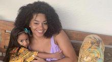 """Juliana Alves sobre quarentena com a filha de 2 anos: """"Flexibilizando muita coisa"""""""