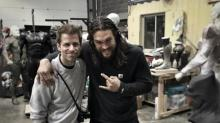 Photo of Zack Snyder and Jason Momoa is Like a 'Justice League'Where's Waldo?