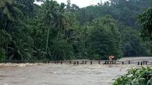 Rains wreak havoc in Kerala with more than 34,000 people marooned
