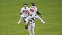 Orioles rally from deficit, beat Yankees 10-6 to avoid sweep