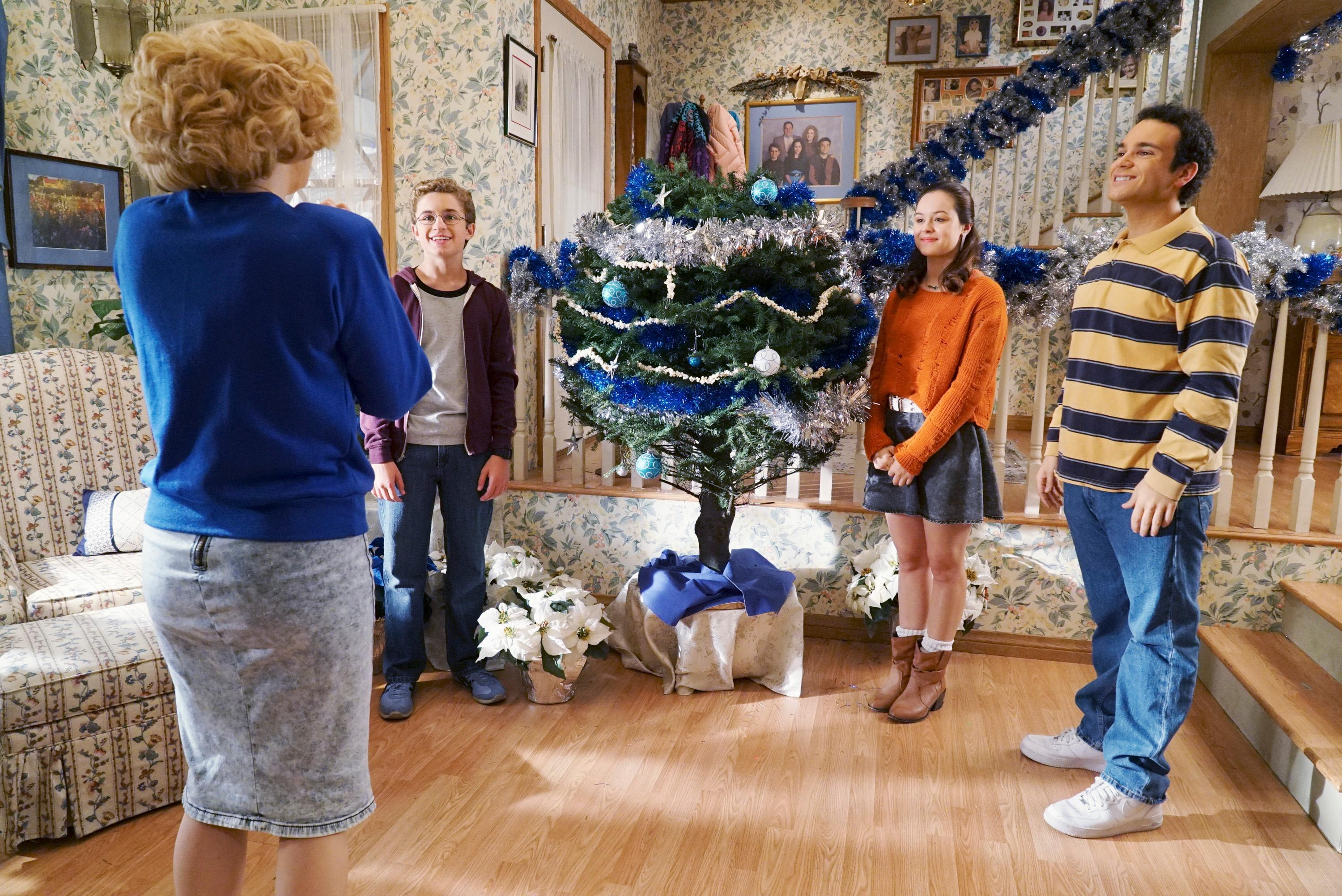 The Goldbergs' Sneak Peek: It's Beginning to Look a Lot Like ...