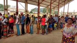 Yellow fever vaccination drive in Congo's capital hits target