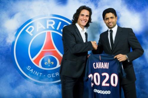 Cavani renova contrato com PSG até 2020: 'Muita alegria e emoção'