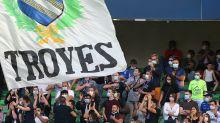 Foot : Troyes sacré champion de Ligue 2 et premier promu en L1