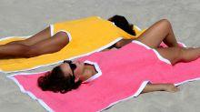 Así es la 'Towelkini', un híbrido entre toalla y bikini que cuesta casi 200 euros