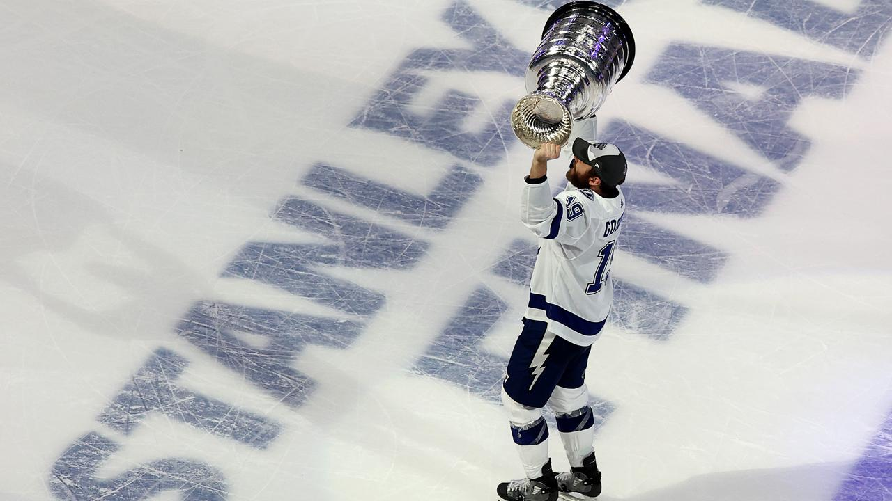 Watch ex-Shark Barclay Goodrow lift Stanley Cup, add to NHL playoff résumé