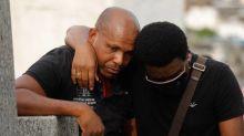 Após morte do neto, Neguinho da Beija-Flor diz que vai deixar o país e reflete sobre como é ter filhos negros no Brasil